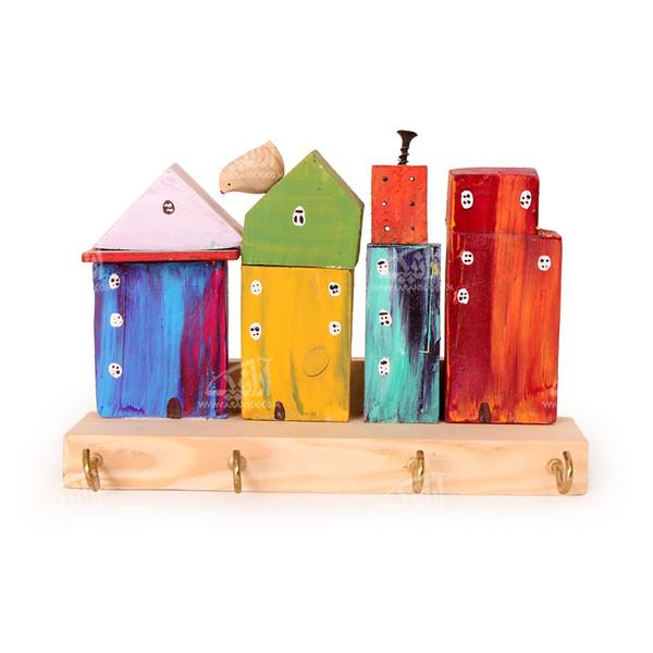 کلید آویز چوبی رنگ آمیزی  رنگارنگ طرح خانه رویایی مدل 1005400001