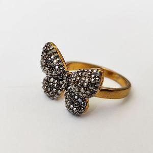 انگشتر دخترانه طرح پروانه کد ۰۹۰