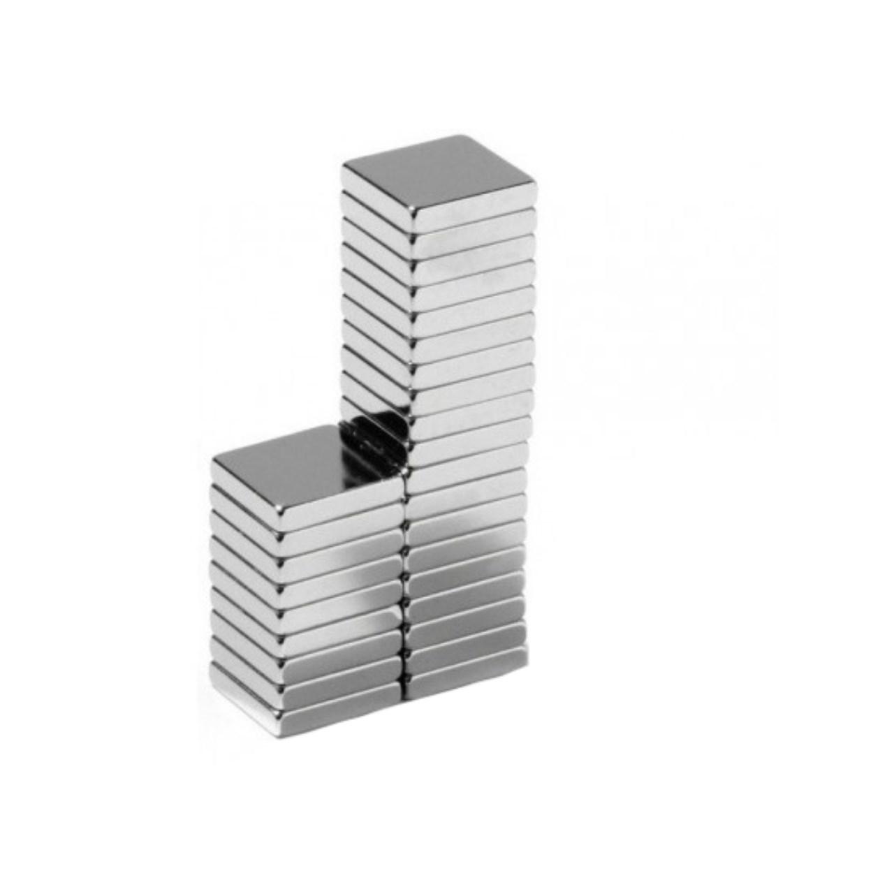 آهن ربا مدل مکعبی بسته 28 عددی