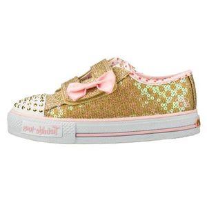 کفش راحتی بچه گانه اسکچرز مدل Shuffles Sweet Steps