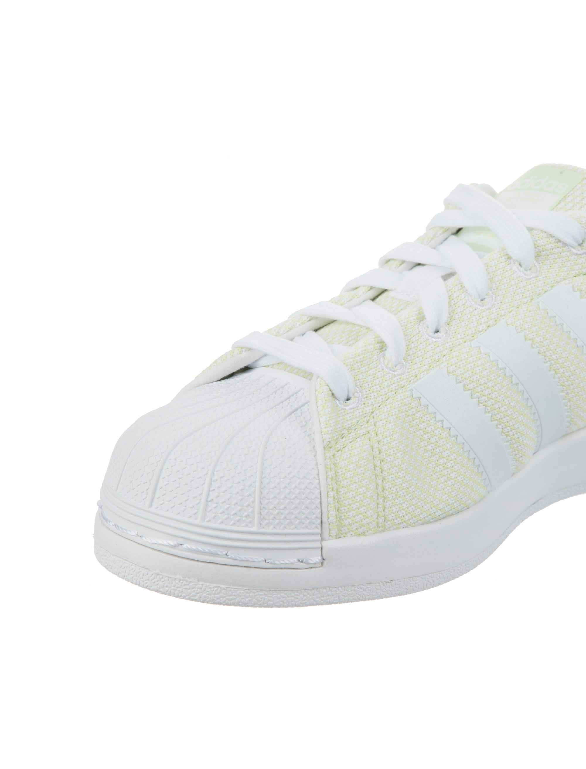 کفش راحتی زنانه آدیداس مدل BZ0634 - سبز روشن - 6