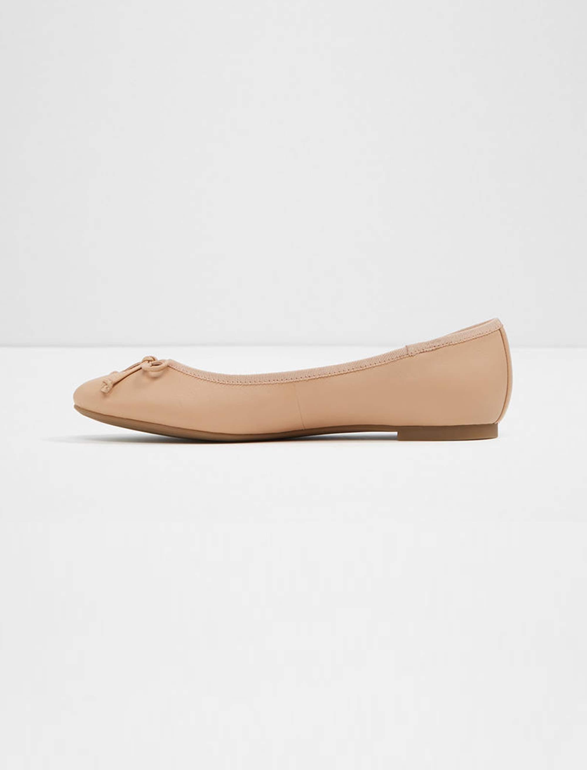 کفش تخت عروسکی چرم زنانه - آلدو - کرم - 2