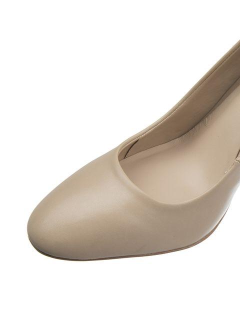 کفش پاشنه بلند چرم زنانه - کرم - 6