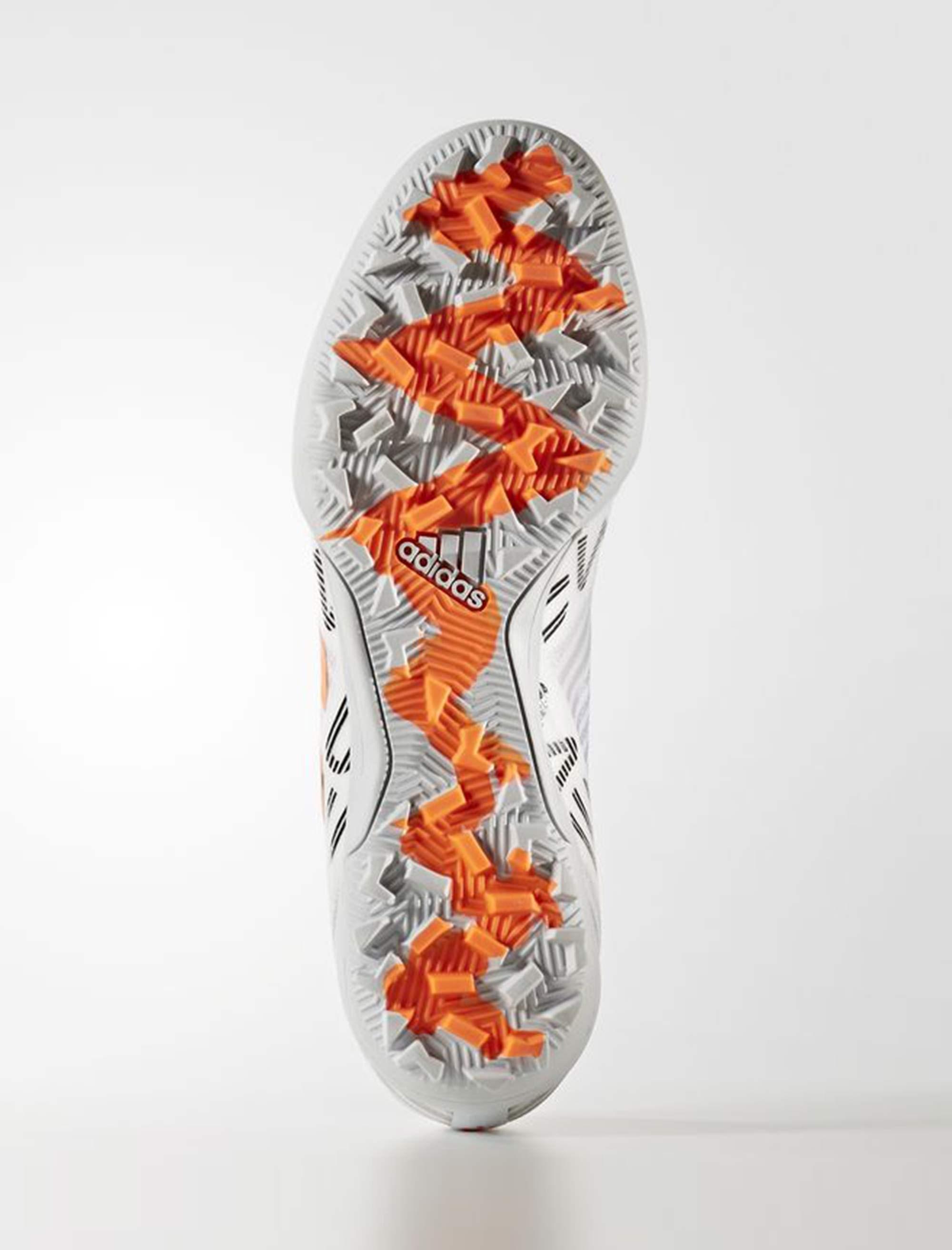 کفش مخصوص فوتسال مردانه آدیداس مدل Nemeziz