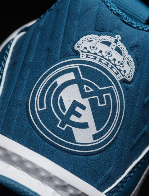 کفش فوتبال بندی پسرانه RapidaTurf Real Madrid - آدیداس - سفيد - 8