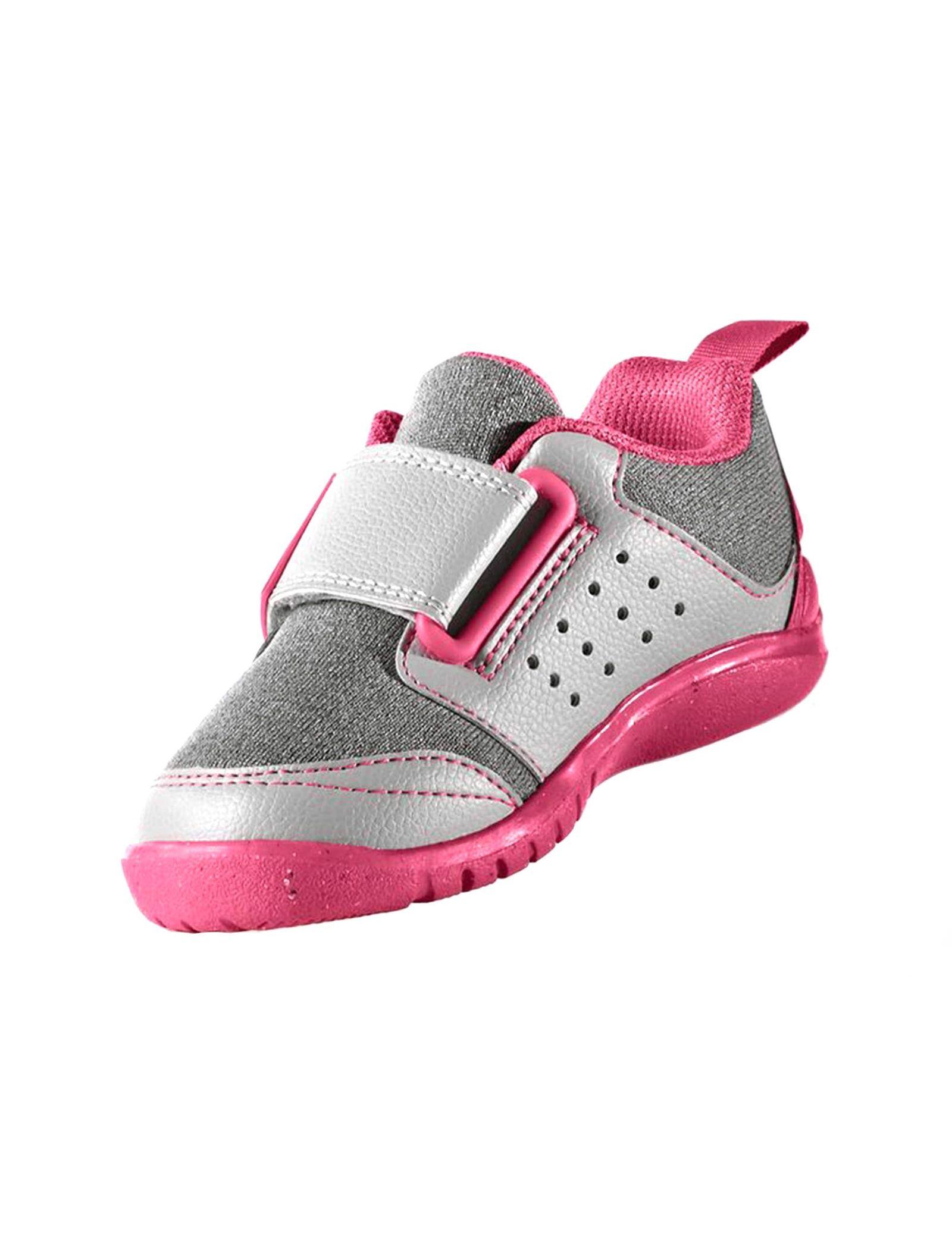 کفش تمرین چسبی دخترانه FortaPlay - آدیداس - صورتي - 4