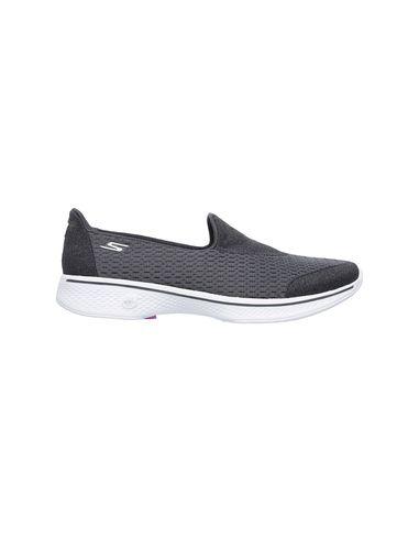 کفش پیاده روی مدل GoWalk 4 Pursuit