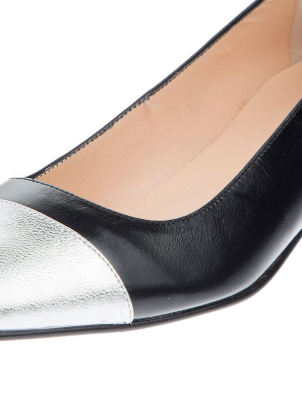 کفش تخت چرم زنانه - ژوناک