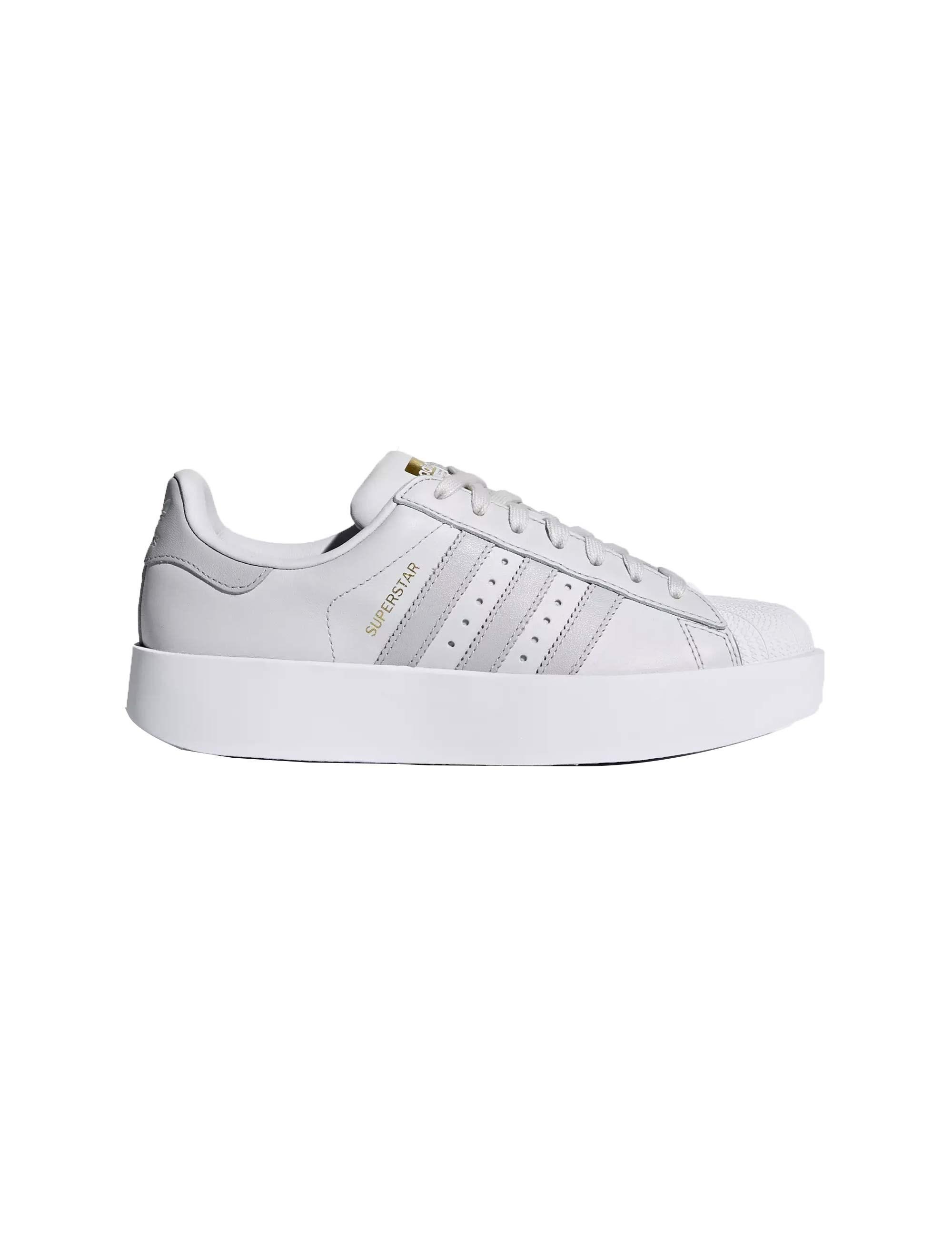 کفش راحتی زنانه آدیداس مدل CQ2824
