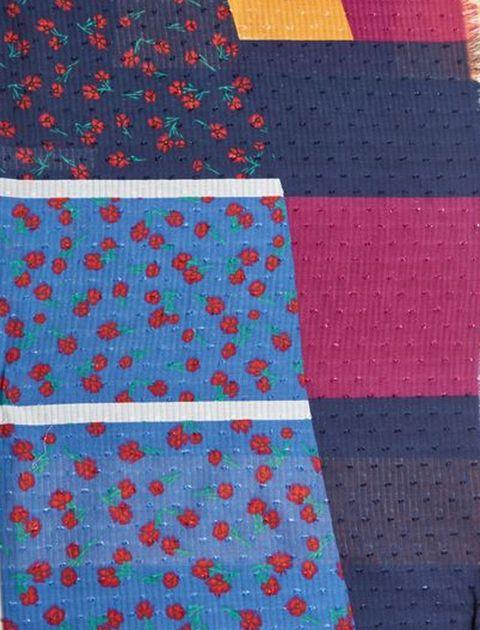 شال نخی طرح دار زنانه - مانگو - چند رنگ - 4