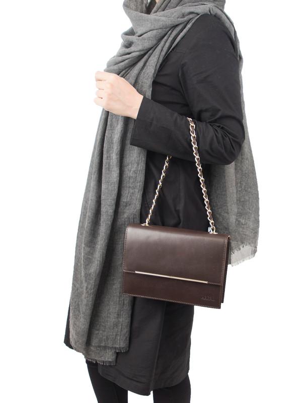 کیف دوشی چرم زنانه