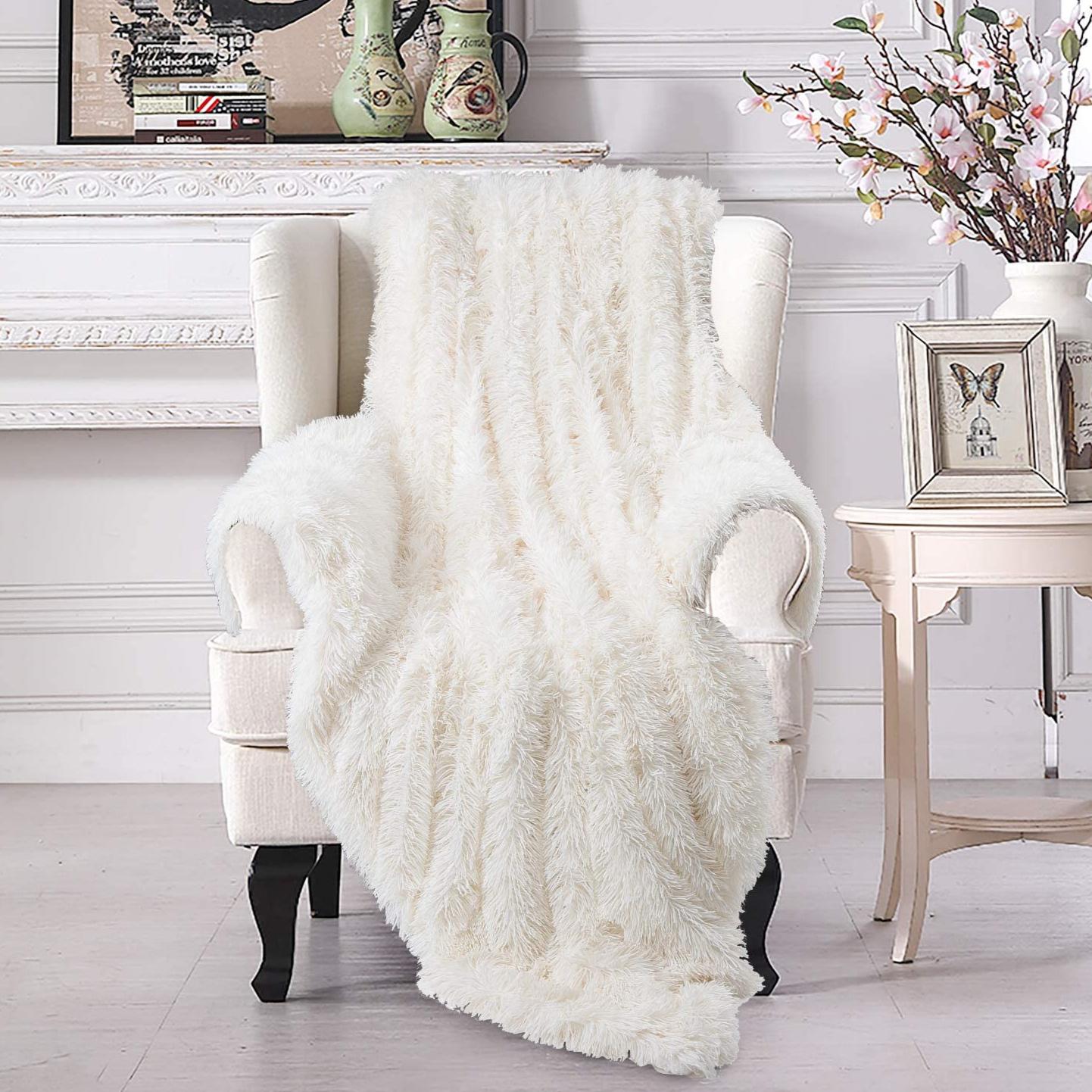 شال تخت مدل AS سایز 180 × 180 سانتی متر