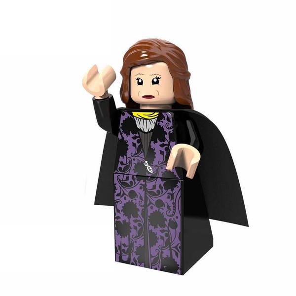 ساختنی مدل  Catelyn Stark
