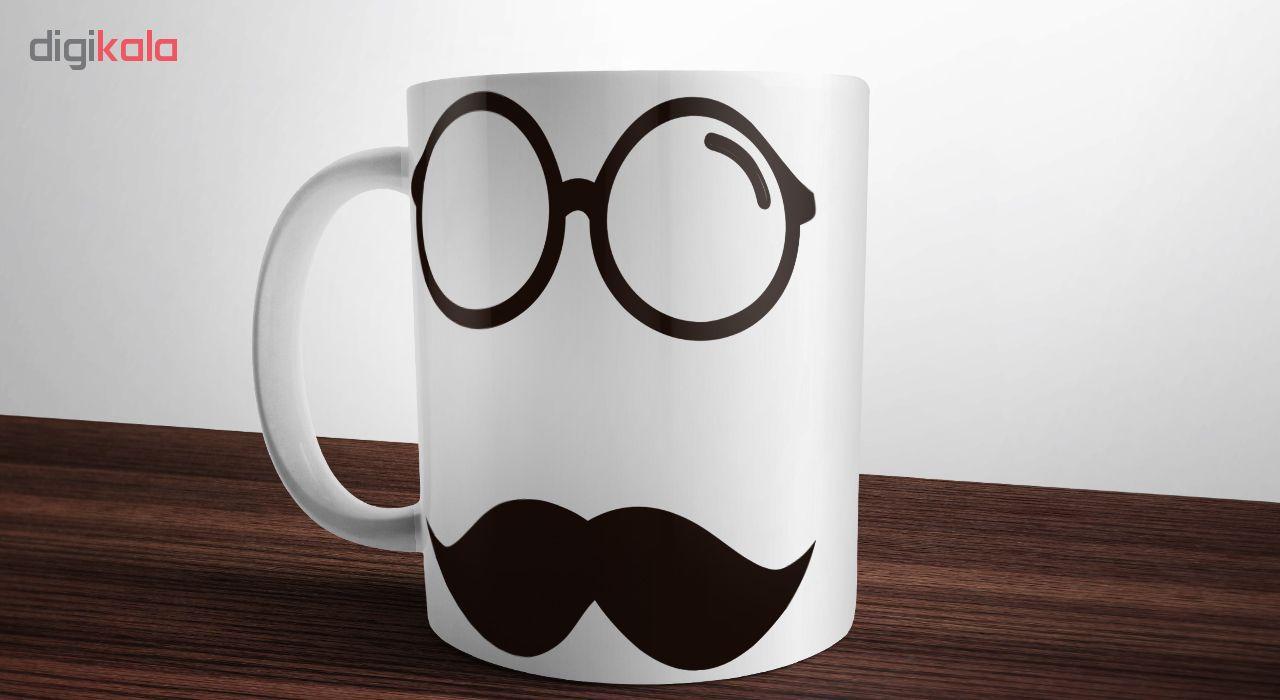 ماگ آکو طرح عینک و سیبیل کد B303