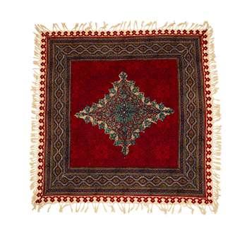 رومیزی قلمکار ممتاز اصفهان اثر عطريان طرح ترنج قرمز مدل G147