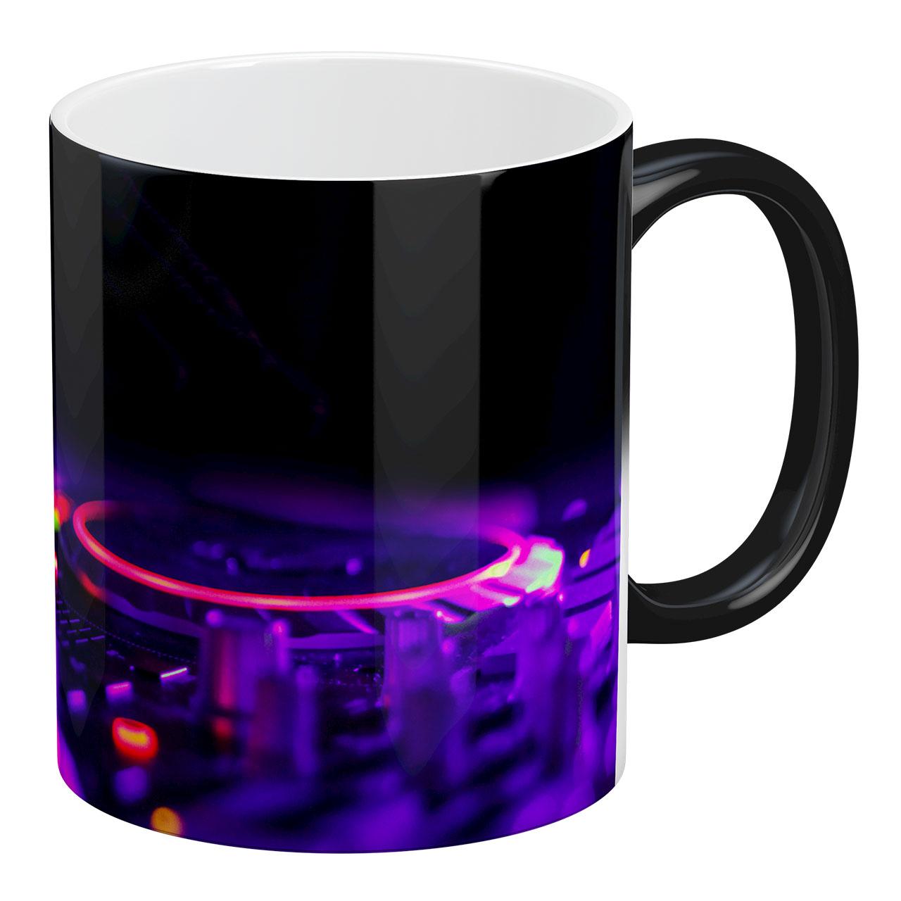 عکس ماگ حرارتی آبنبات رنگی طرح دی جی Dj - کد ARM0197
