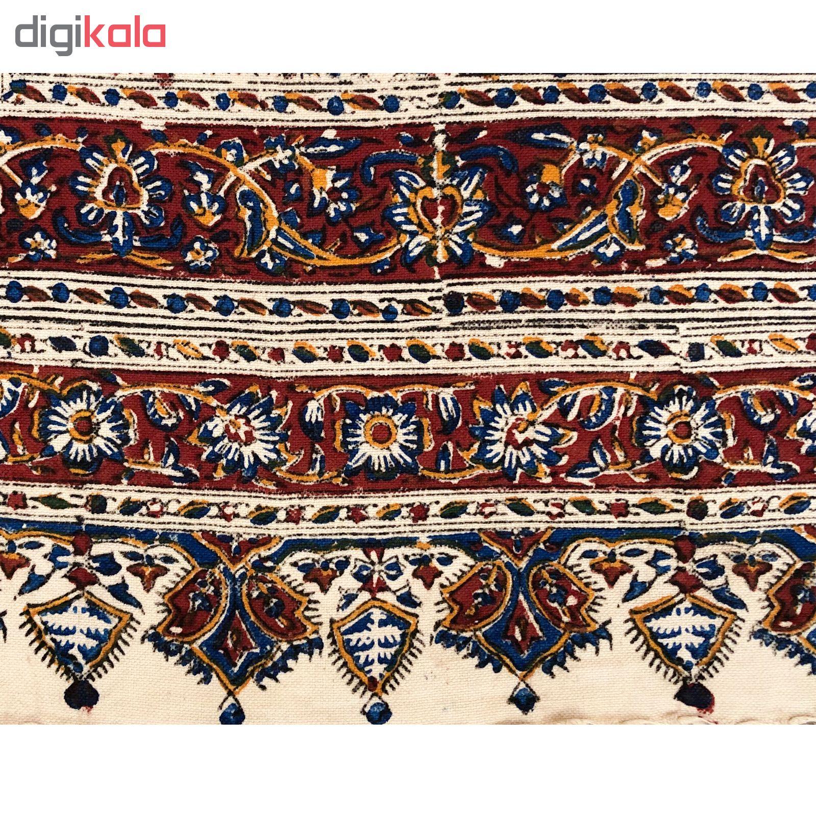خرید                      رومیزی قلمکار ممتاز اصفهان اثر عطريان طرح درهم بادامی مدل G164