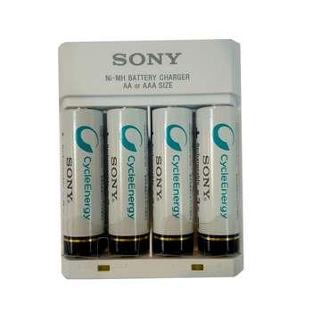 شارژر باتری سونی مدل BCG34HHU4K به همراه 4 عدد باتری