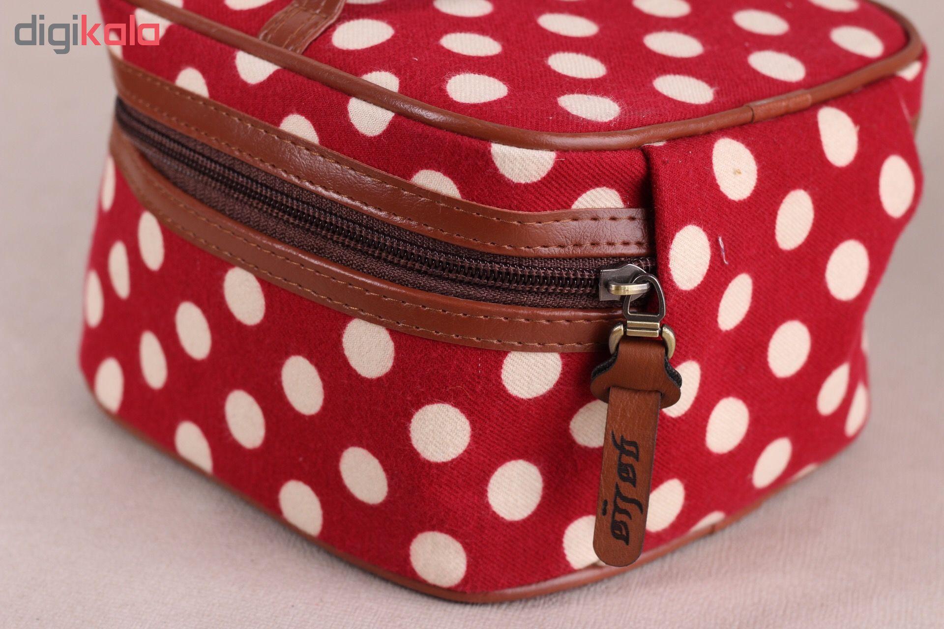 کیف لوازم آرایش هیاهو کد T10