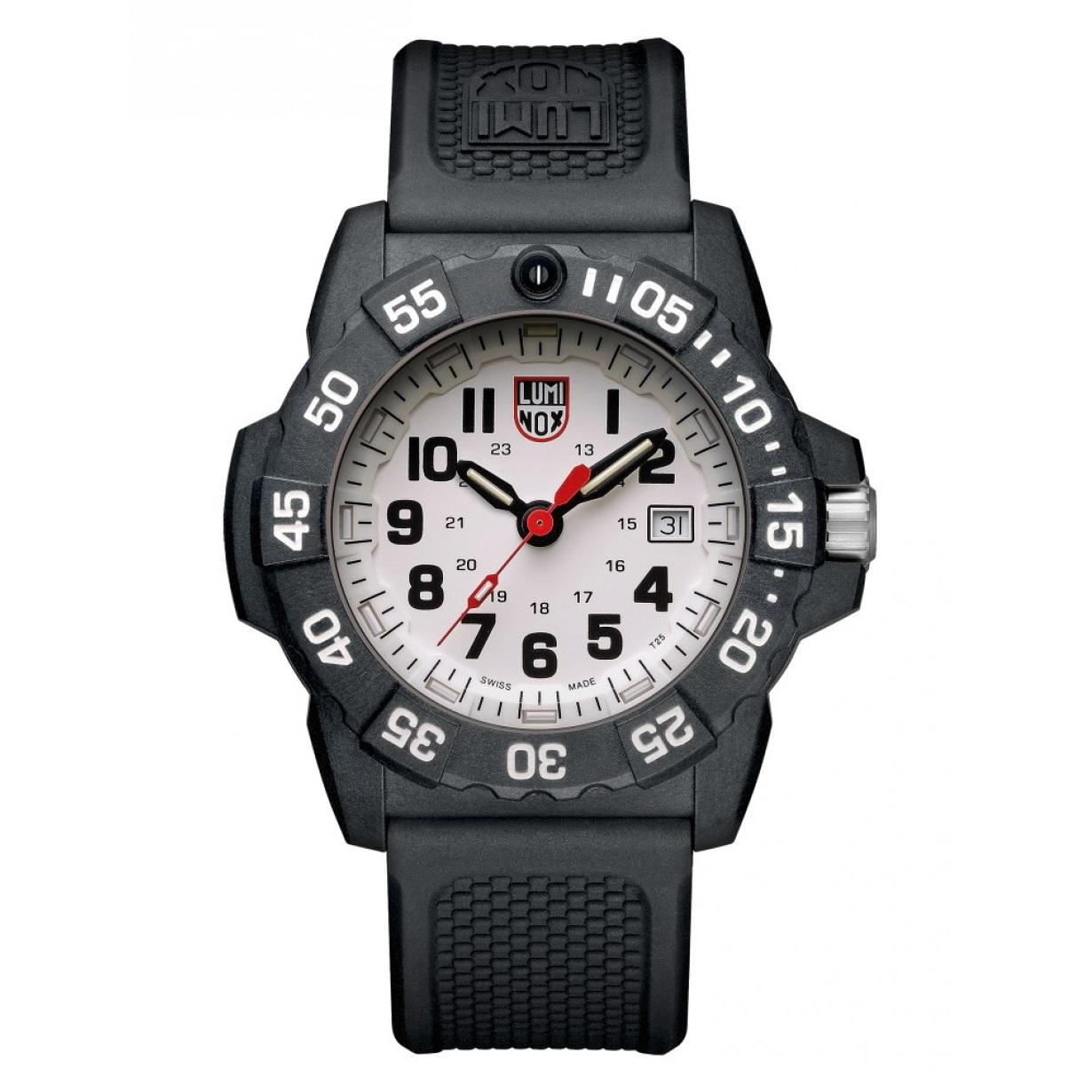 کد تخفیف                                      ساعت مچی عقربه ای مردانه لومیناکس مدل XS.3507