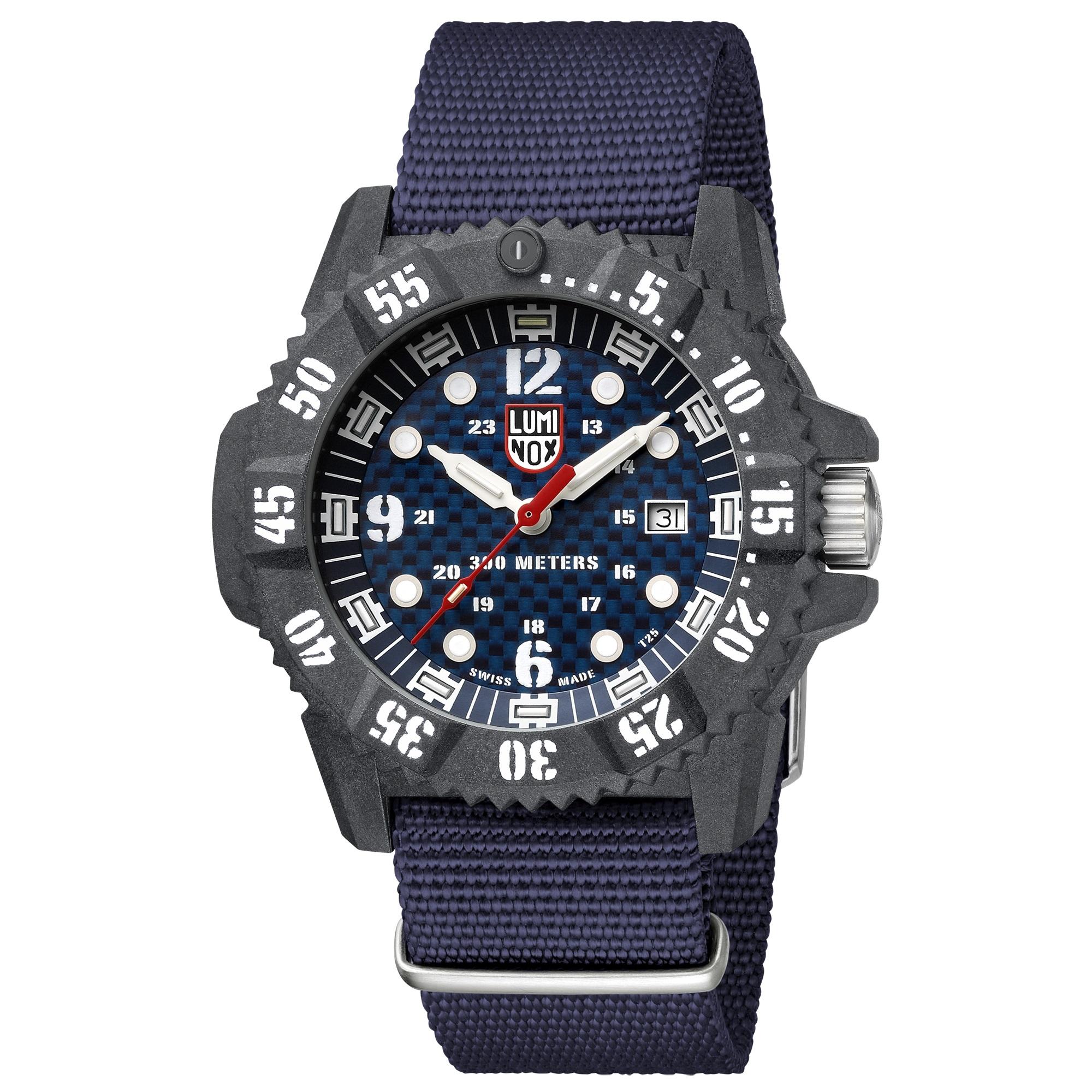 ساعت مچی عقربه ای مردانه لومینوکس مدل XS.3803