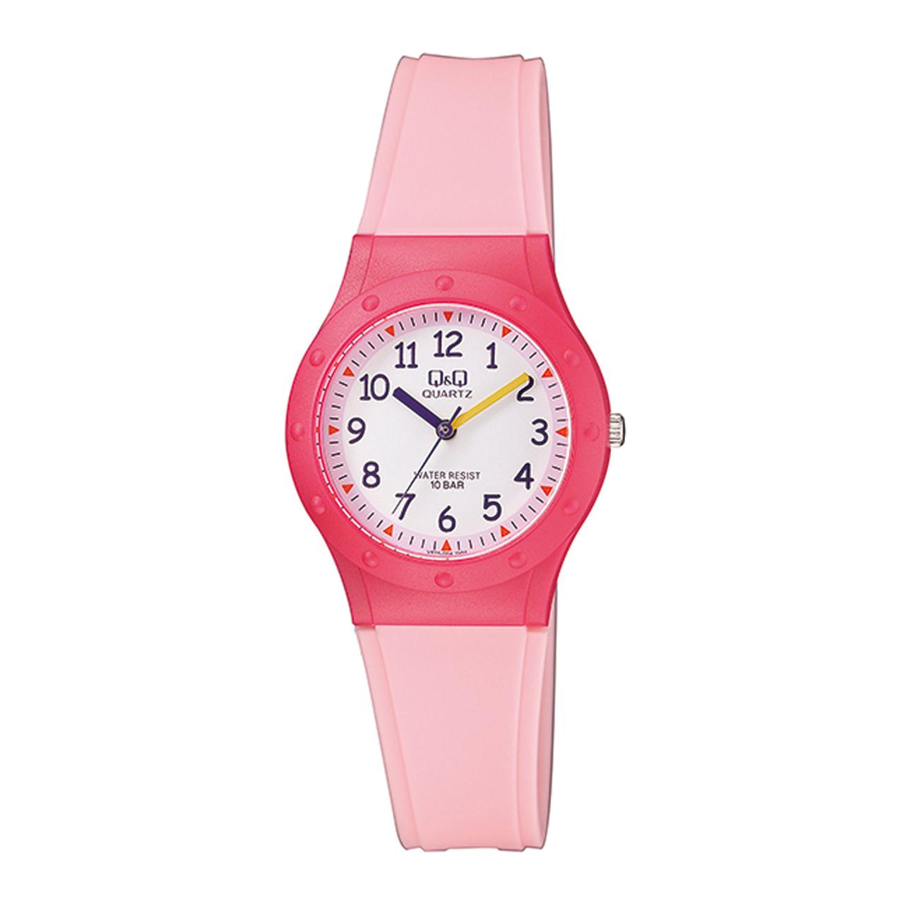 خرید ساعت مچی عقربه ای دخترانه کیو اند کیو مدل vr75j004y به همراه دستمال مخصوص برند کلین واچ