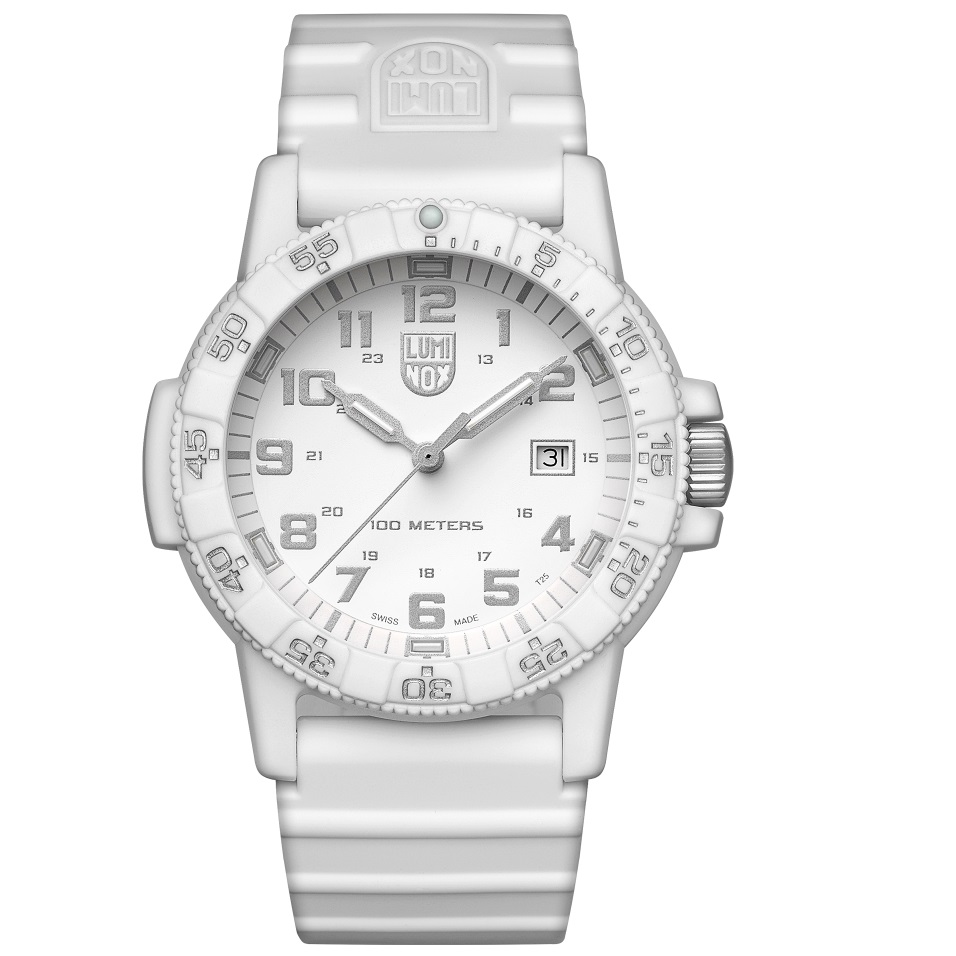 کد تخفیف                                      ساعت مچی عقربه ای مردانه لومینوکس مدل XS.0327.WO