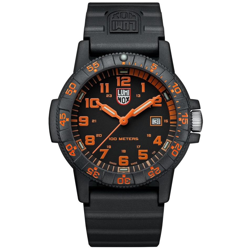 کد تخفیف                                      ساعت مچی عقربه ای مردانه لومینوکس مدل XS.0329