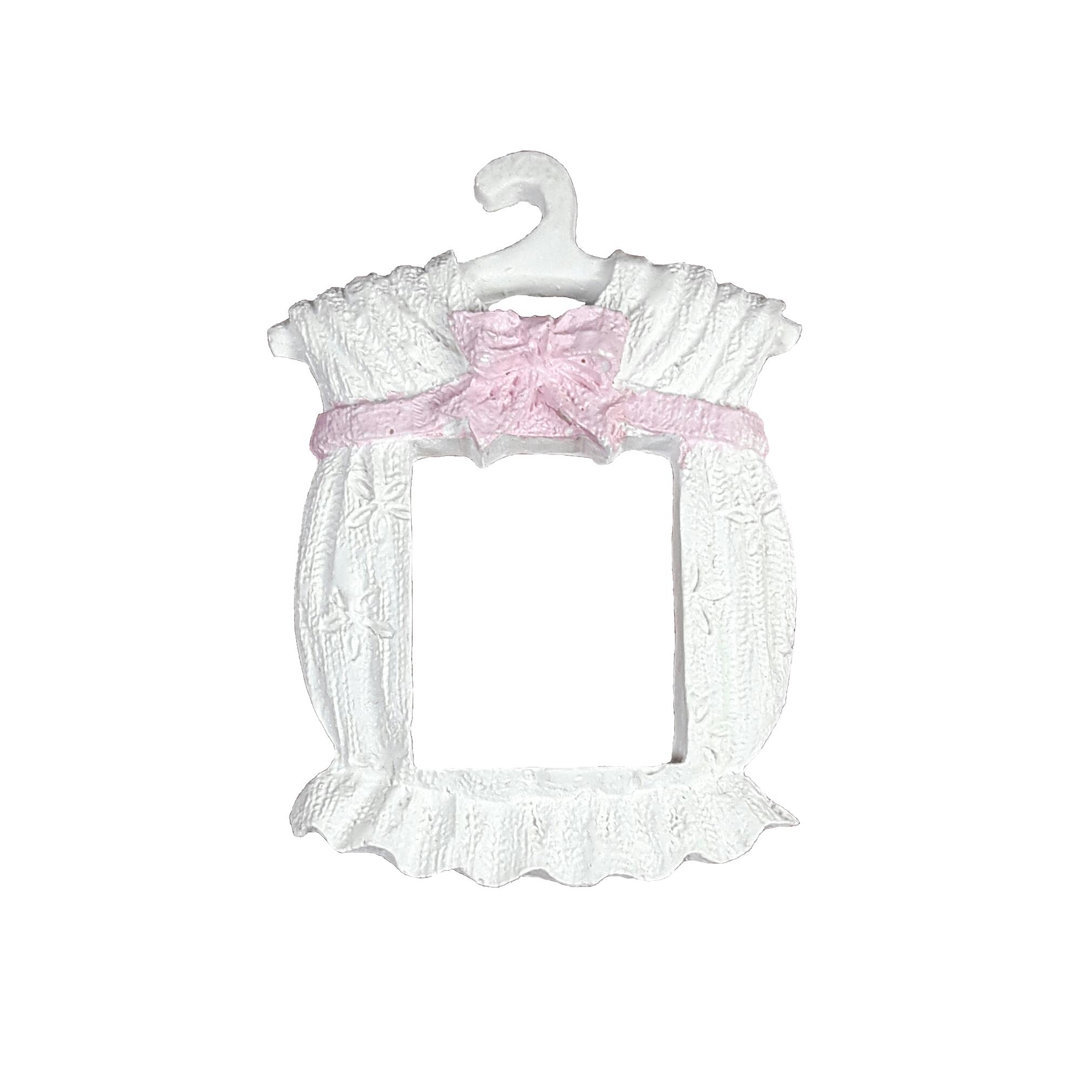 عکس گیفت تولد طرح لباس دخترانه بسته 5 عددی