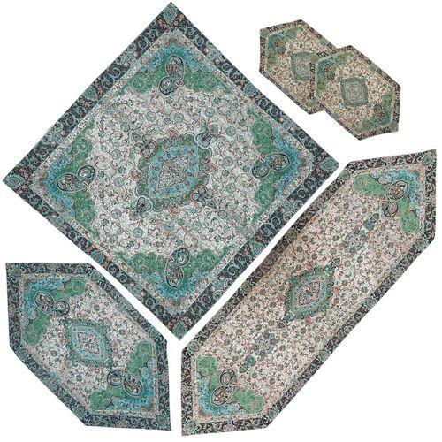 ست ترمه رومیزی طرح شاه عباسی مدل SABZZARE3/3 مجموعه 5 عددی