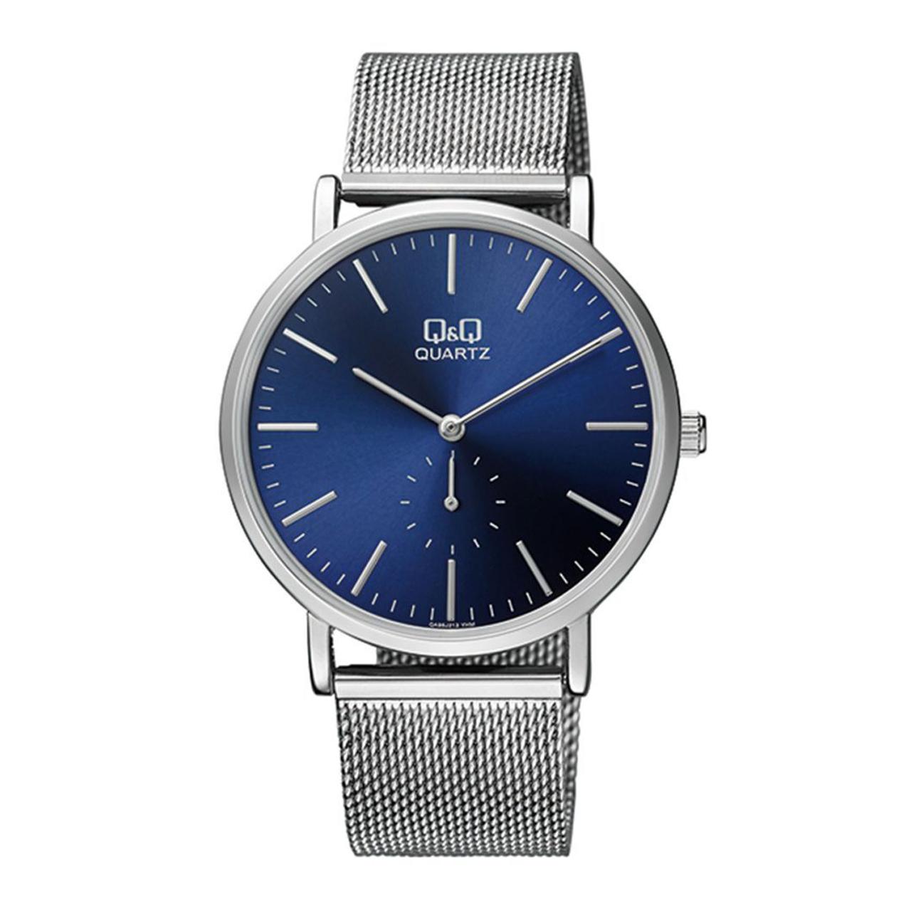ساعت مچی عقربه ای مردانه کیو اند کیو مدل qa96j212y  به همراه دستمال مخصوص برند کلین واچ