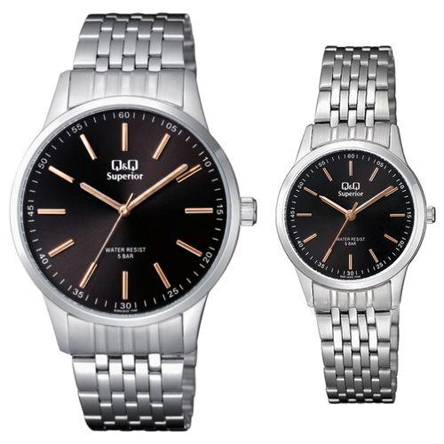 ست ساعت مچی عقربه ای زنانه و مردانه کیو اند کیو مدل s280j222y  به همراه دستمال مخصوص برند کلین واچ