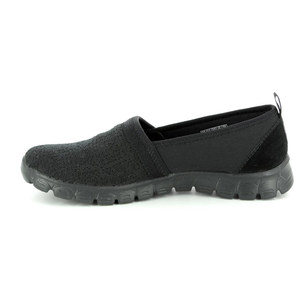 کفش مخصوص پیاده روی زنانه اسکچرز  مدل MIRACLE 23441 BBK