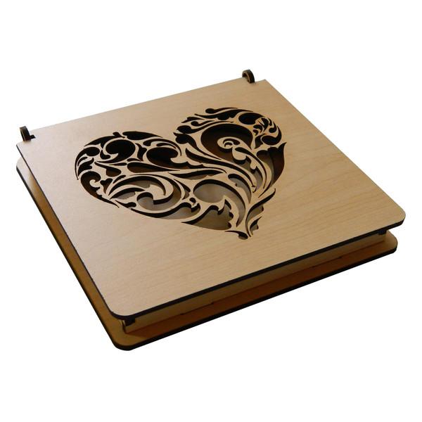 جعبه هدیه طرح قلب کد 1111