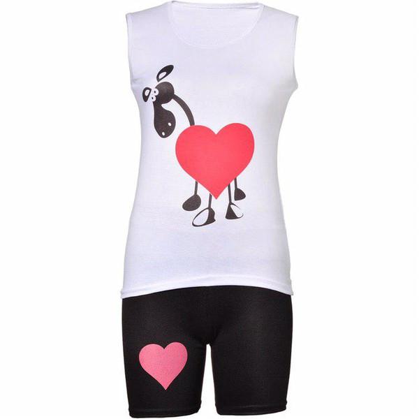 ست تاپ و شلوارک زنانه طرح قلب مدل F1 کد 50201