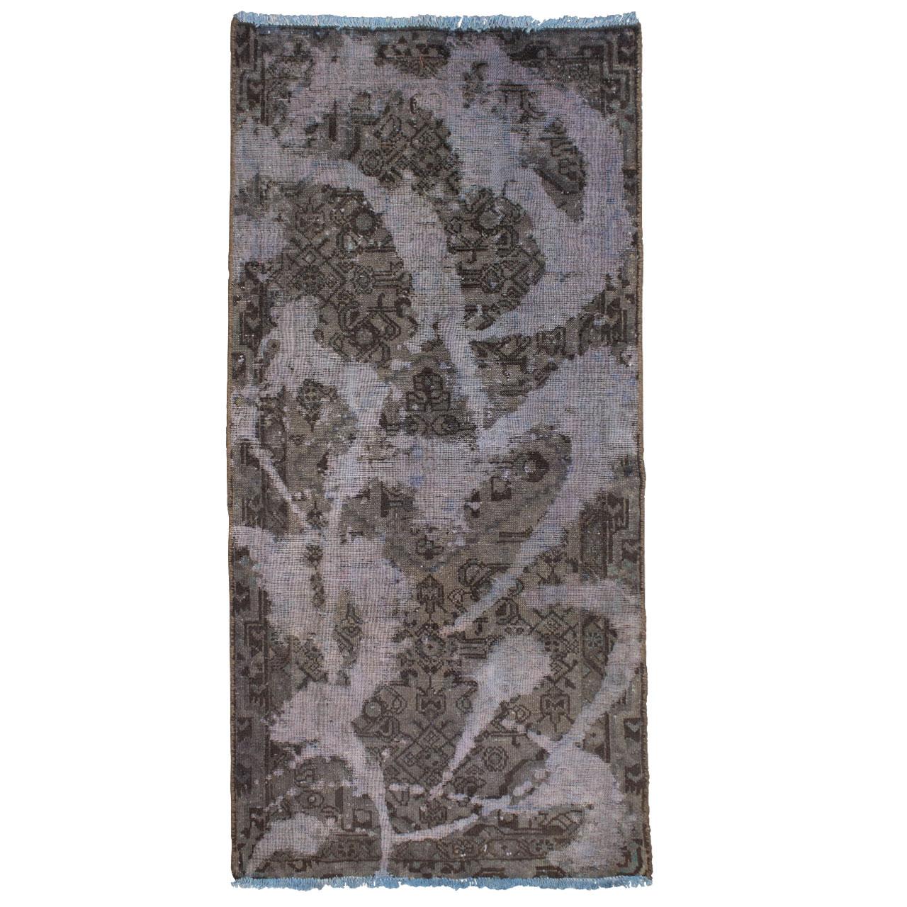 فرش دستباف رنگ شده یک و نیم متری کد 2050R