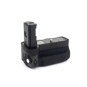 گریپ باتری دوربین مایک مدل MK-A9 مناسب برای دوربین Sony Alpha 9