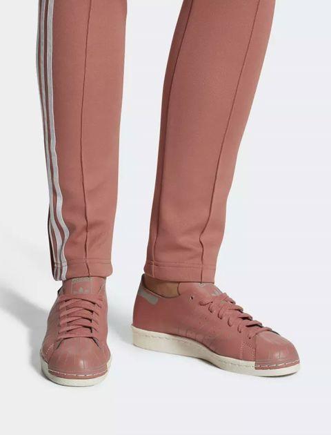 کفش راحتی زنانه آدیداس مدل CQ2587 - صورتی - 9