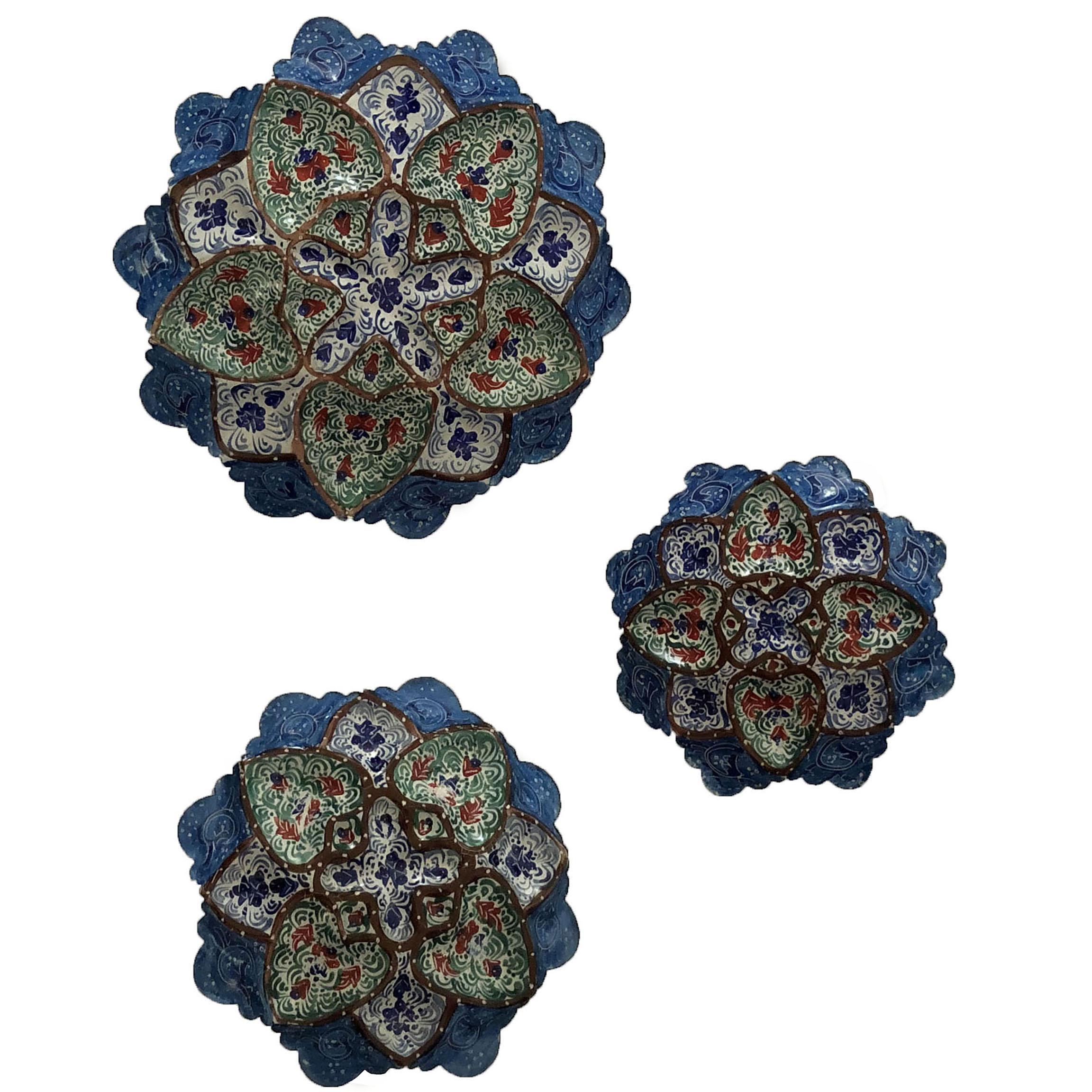 عکس بشقاب میناکاری مسی مدل m012 مجموعه سه عددی