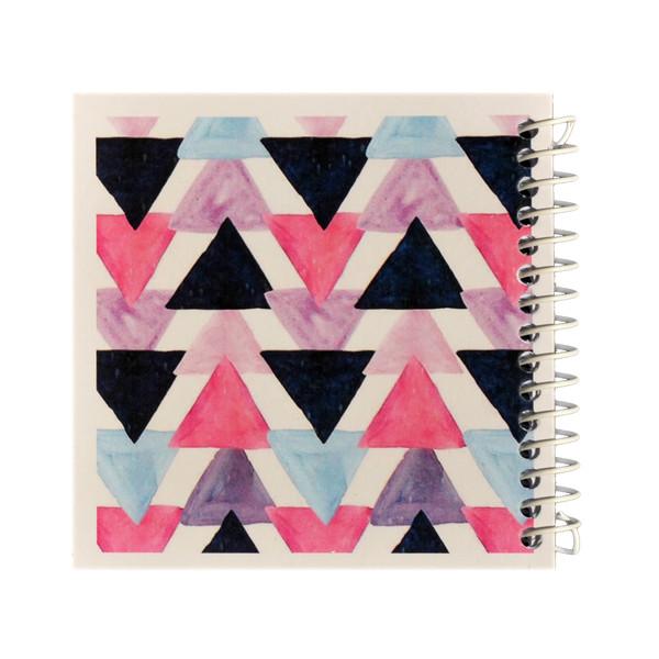 دفتر یادداشت ژوست طرح موتیو مثلث مدل کژوال کد ۰۱