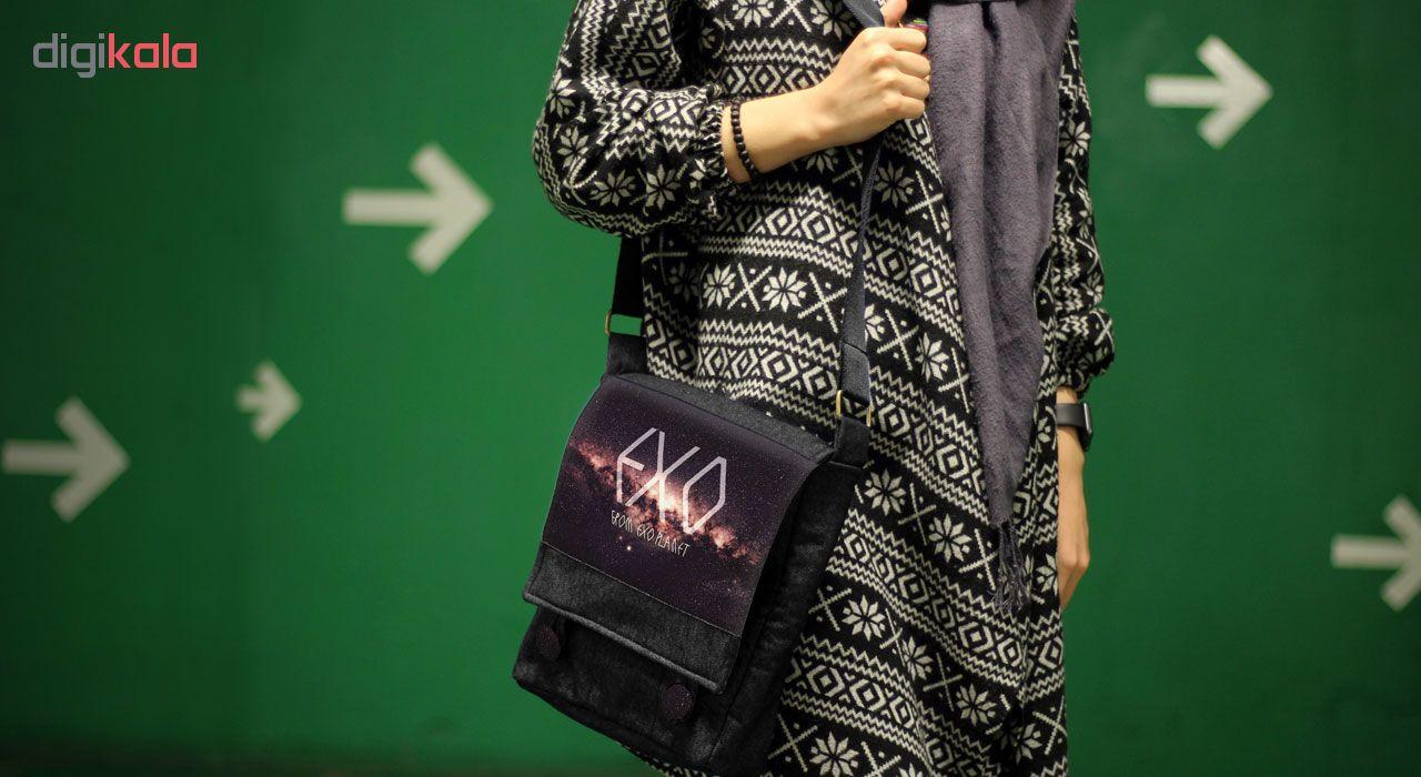 کیف دوشی زنانه گالری چی چاپ طرح گروه اکسو کد 65853