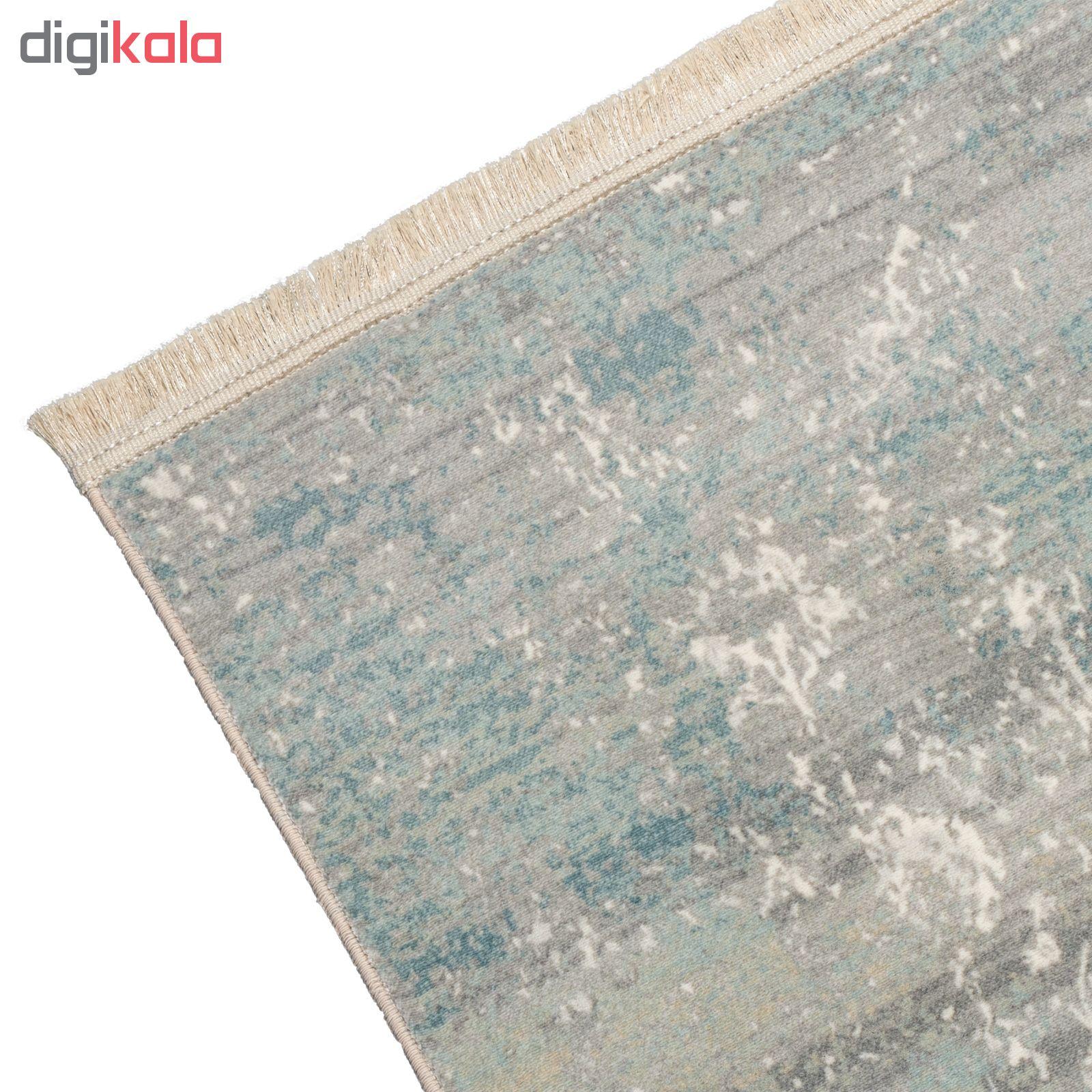 فرش ماشینی محتشم طرح کهنه نما کد 100633 زمینه خاکستری main 1 3