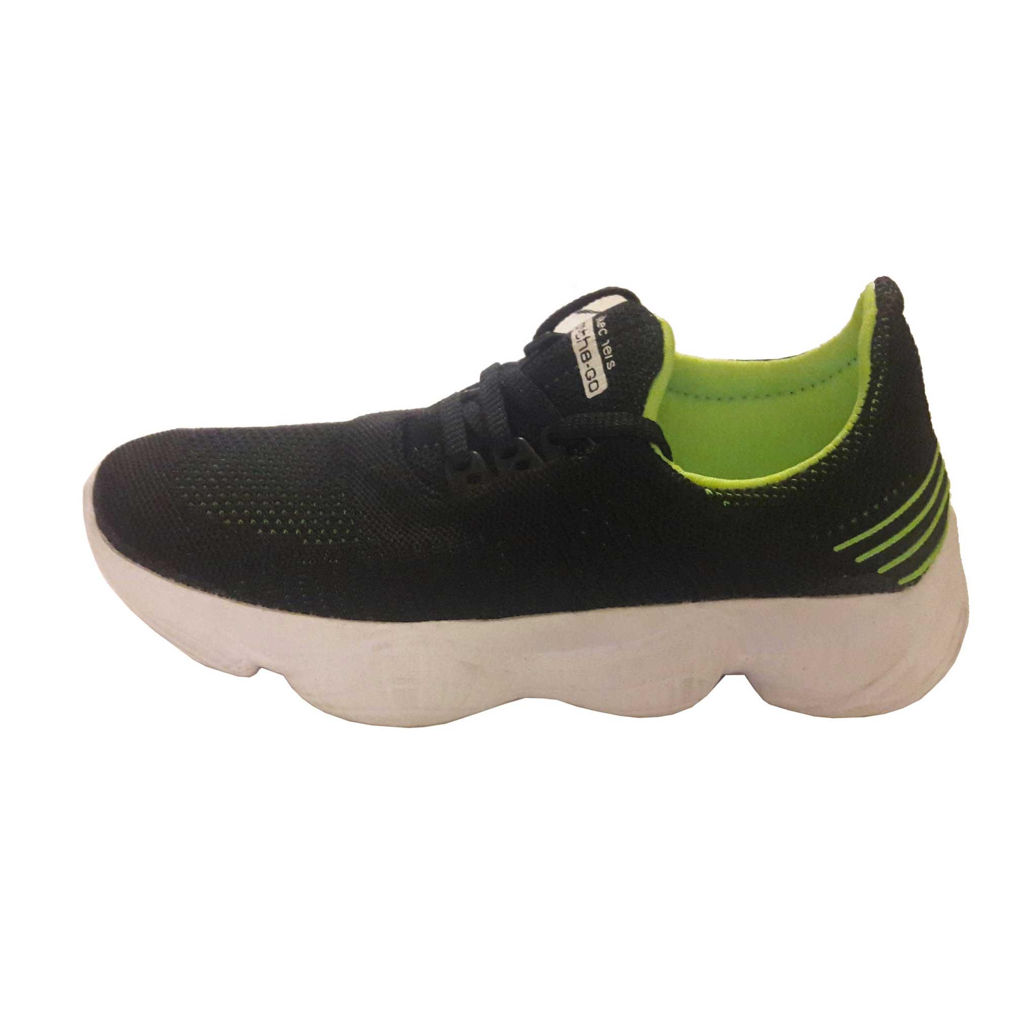 کفش مخصوص پیاده روی کد 002