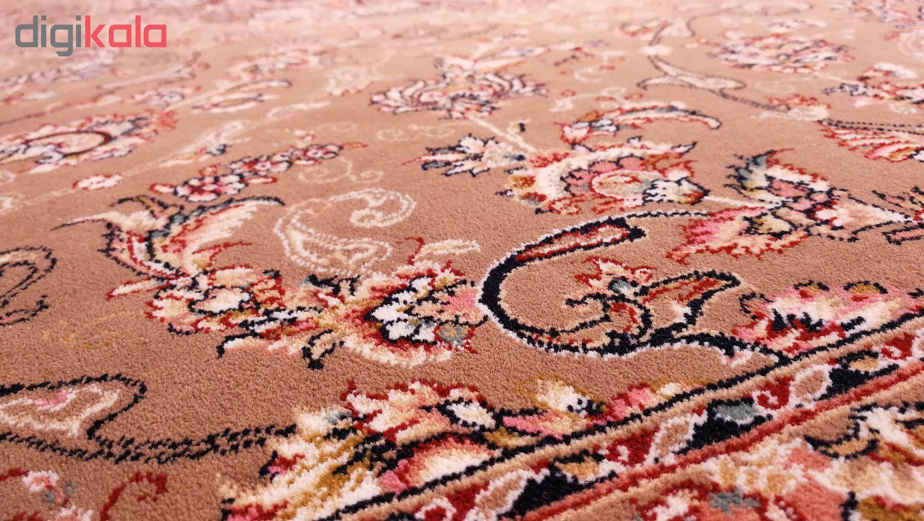 فرش ماشینی زمرد مشهد کد 30000 زمینه گردویی