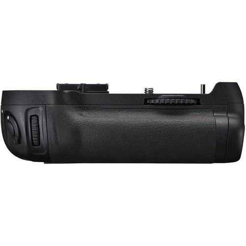 گریپ اصلی باتری دوربین نیکون مدل MB-D12