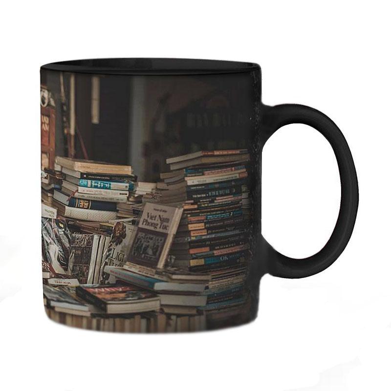 عکس ماگ حرارتی طرح کتابخانه