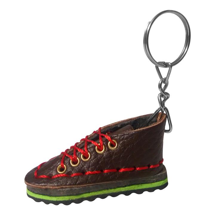 جاکلیدی طرح کفش مدل hiking boot