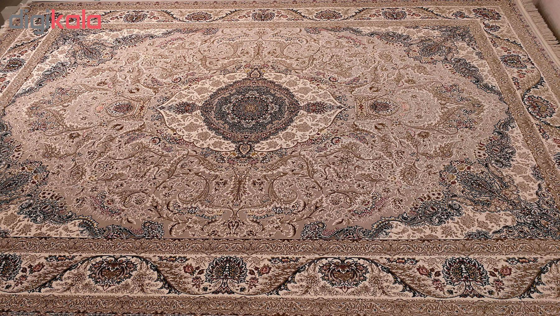 فرش ماشینی زمرد مشهد مدل MOS009 زمینه موزی