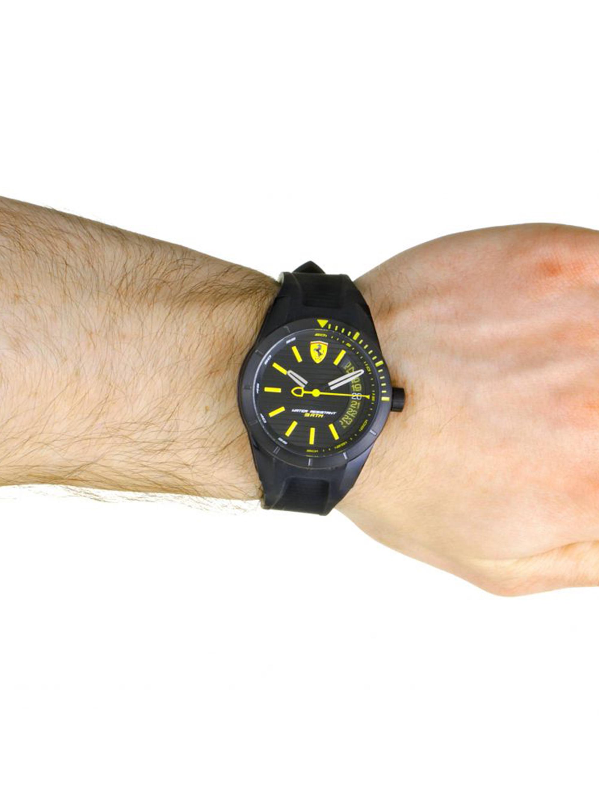 کد تخفیف                                      ساعت مچی عقربه ای مردانه فراری مدل 0830426
