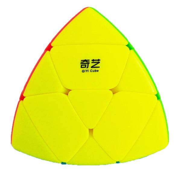 روبیک کیو آی وای آی مدل Megamorphix 330 همراه با پایه